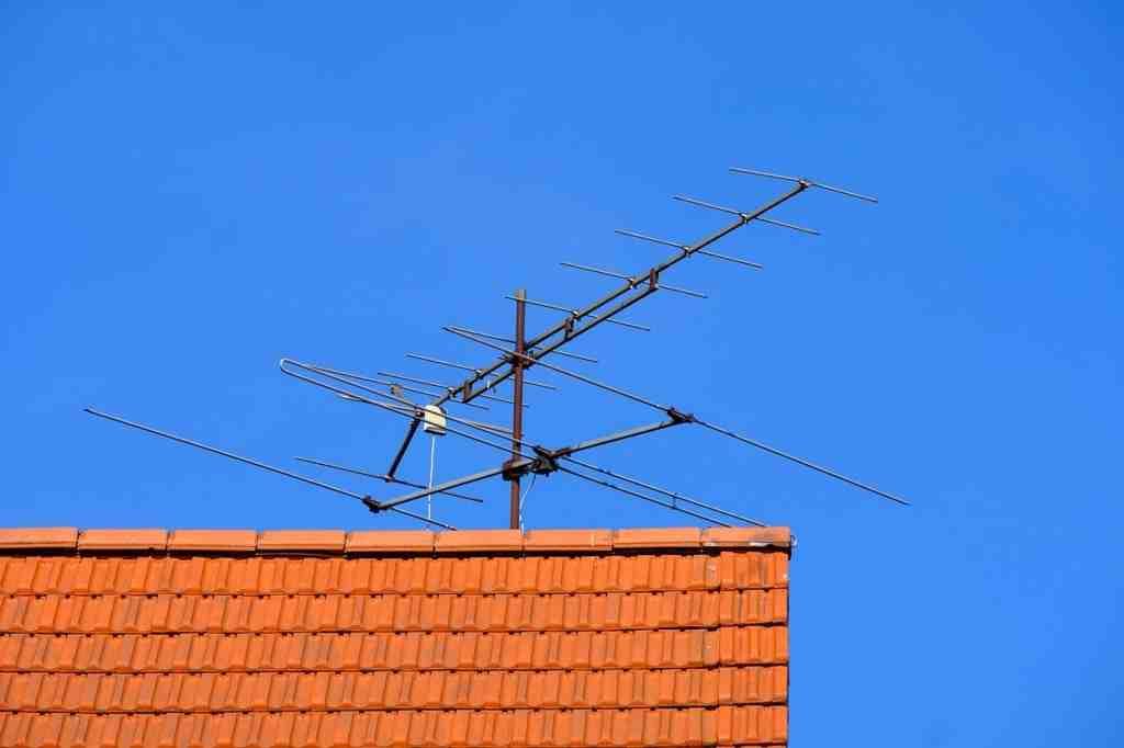 Comment recevoir la TNT sans prise antenne ?