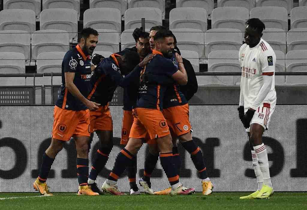 Ligue 1 : solide à Strasbourg, le PSG reste dans la course, l'OM tenu en échec à Montpellier