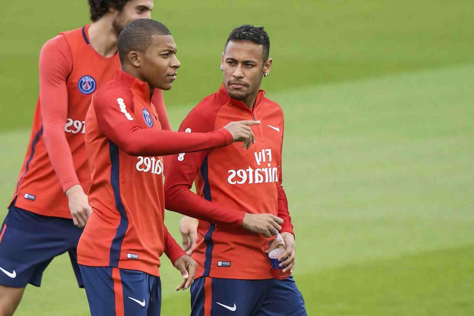 PSG: Neymar sort de son silence, deux jours après l'élimination en Ligue des champions