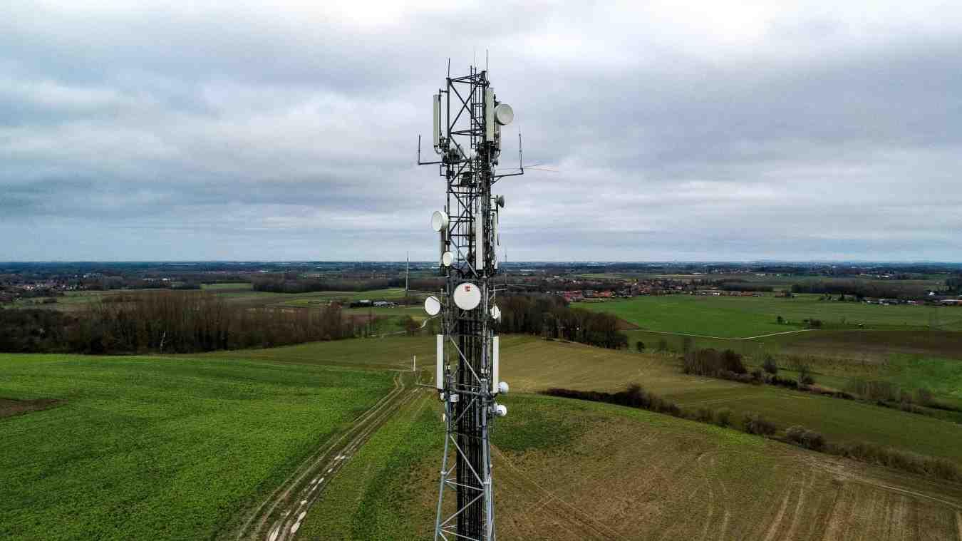 Comment rayonne une antenne relais ?