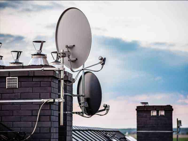 Comment savoir si la télé à un decodeur TNT intégré ?