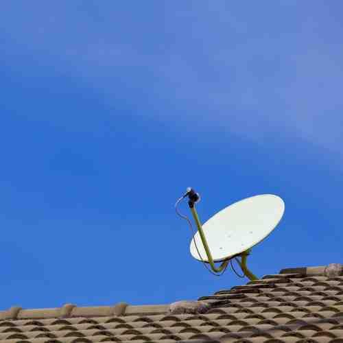 Quelle différence entre une antenne et une parabole ?